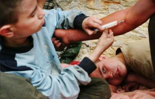 причины подростковой наркомании