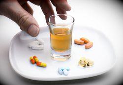 Что способствует развитию медикаментозной зависимости